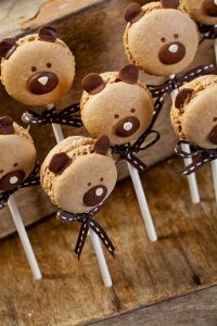 a_Nina_ours_en_macarons_chocolat_yummy_!